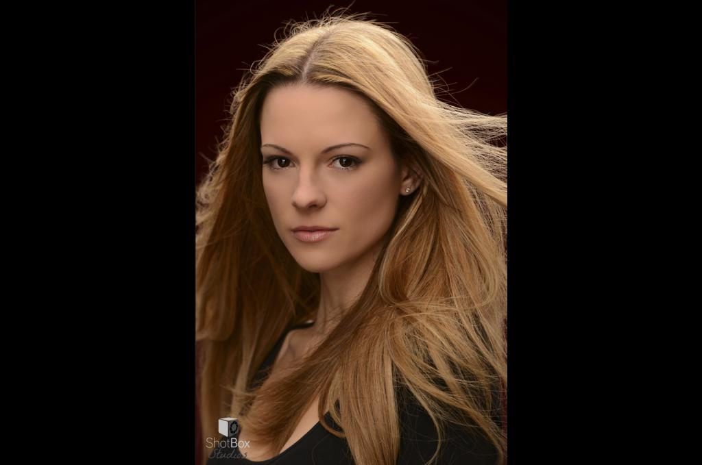 AimeeSpinks-actors-headshot-photographer-birmingham-003